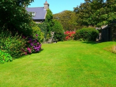 Self Catering Cottage with Herb Garden