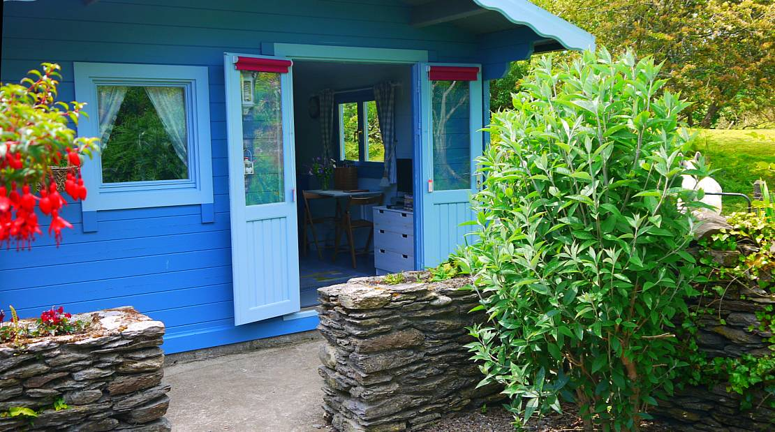 Glamping in West Cork. Summer House Chalet