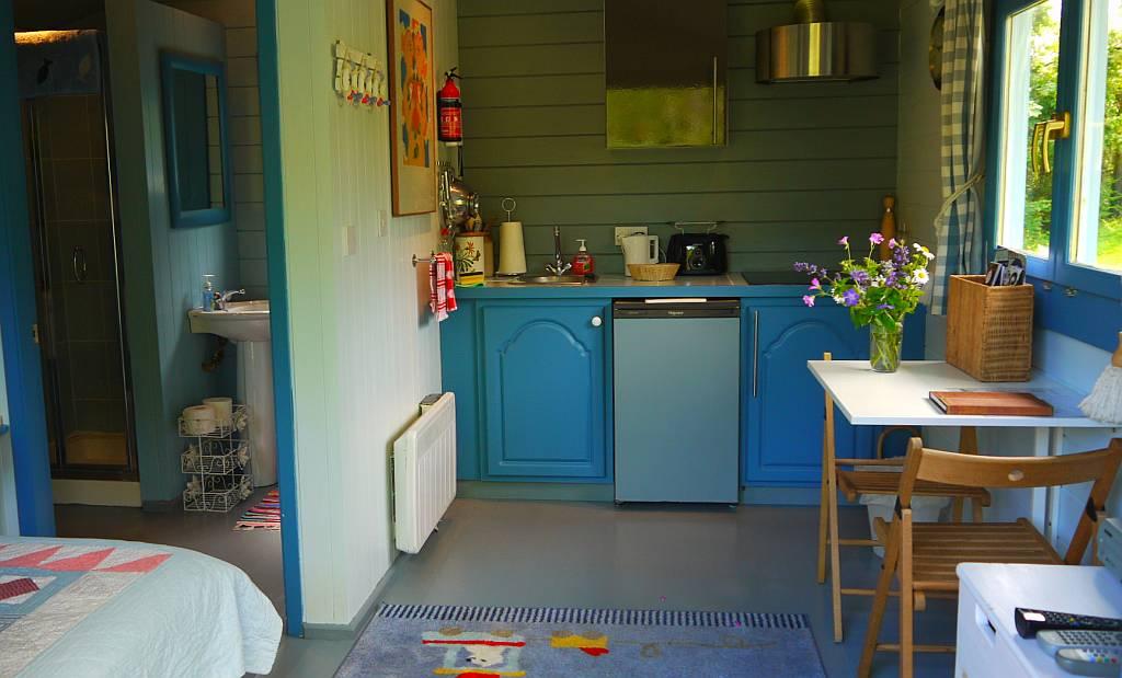 Glamping West Cork - Summerhouse Interior